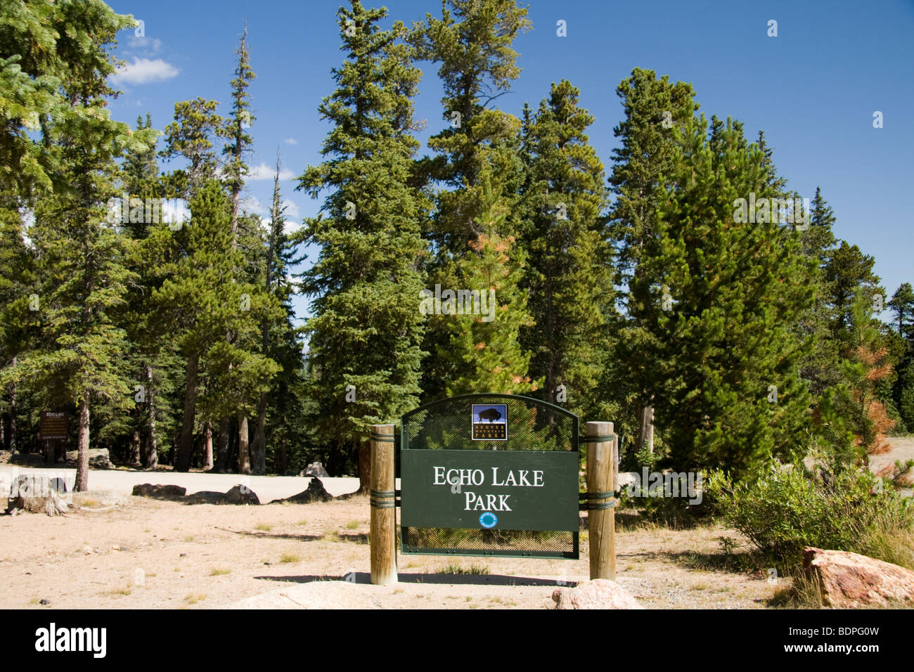 Echo Lake Park signpost, Colorado, USA - Stock Image