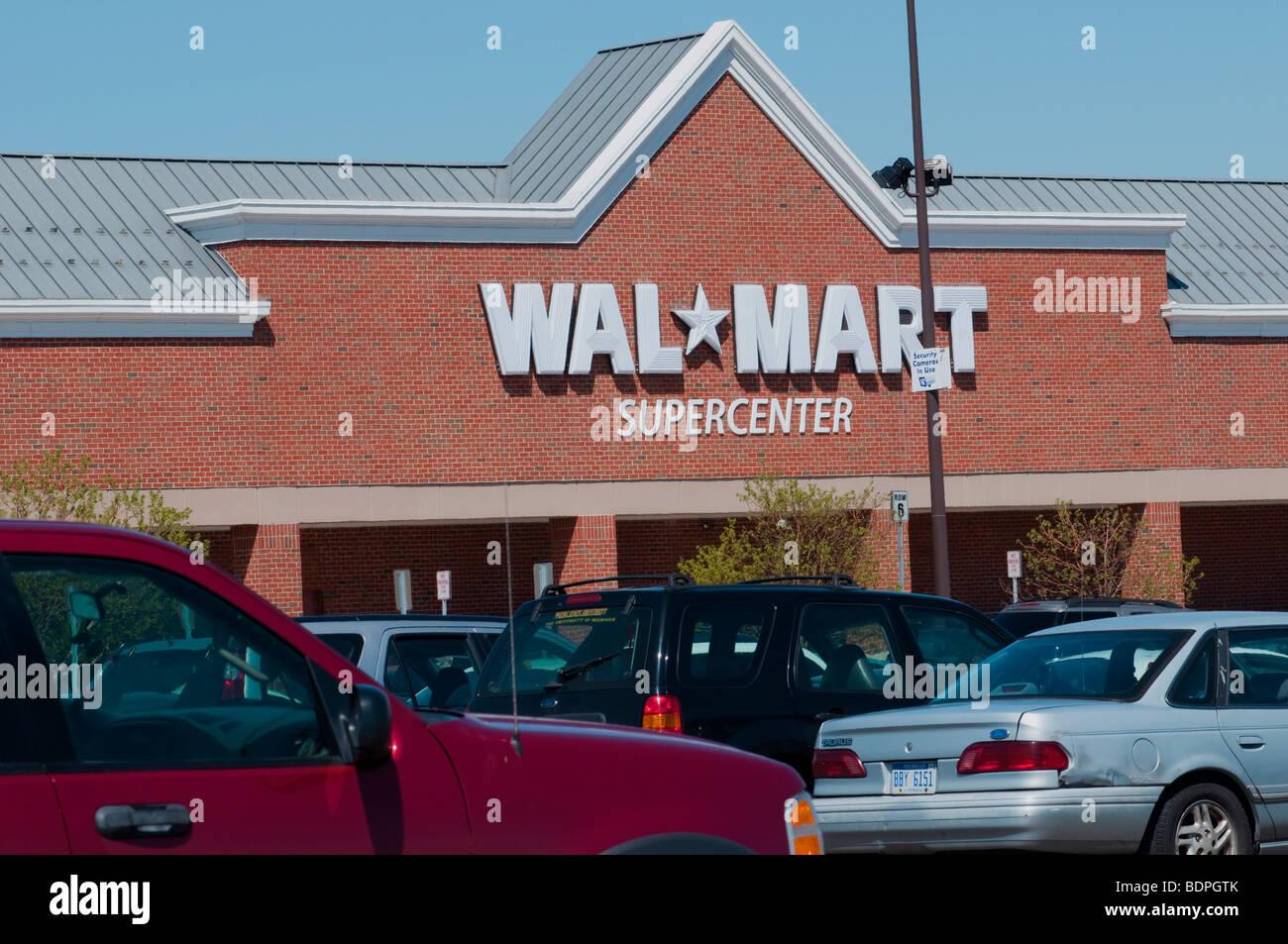 Wall-Mart Supercenter, Dearborn, Mi, US - Stock Image