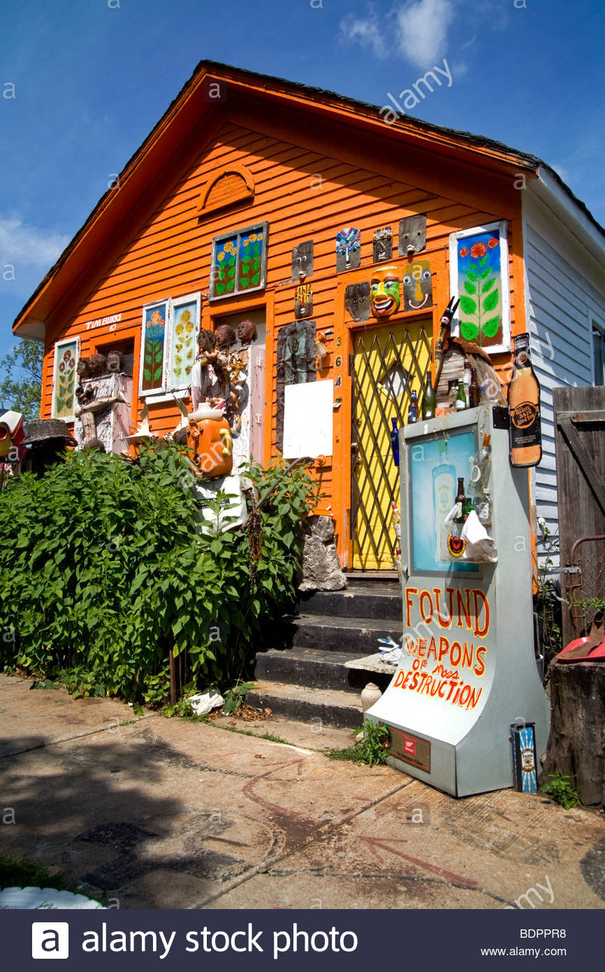 A house decorated with bizarre found objects is just one part of Detroit's Heidelberg Project, a neighborhood - Stock Image