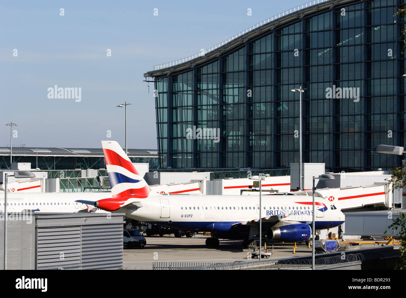British Airways Airbus A320 in front of Terminal 5, London Heathrow Airport, UK. - Stock Image