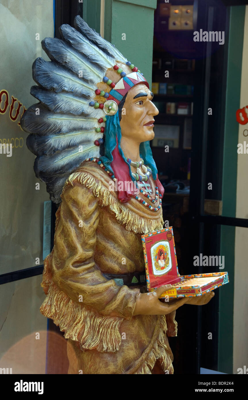 Wooden Indian outside cigar shop - Stock Image