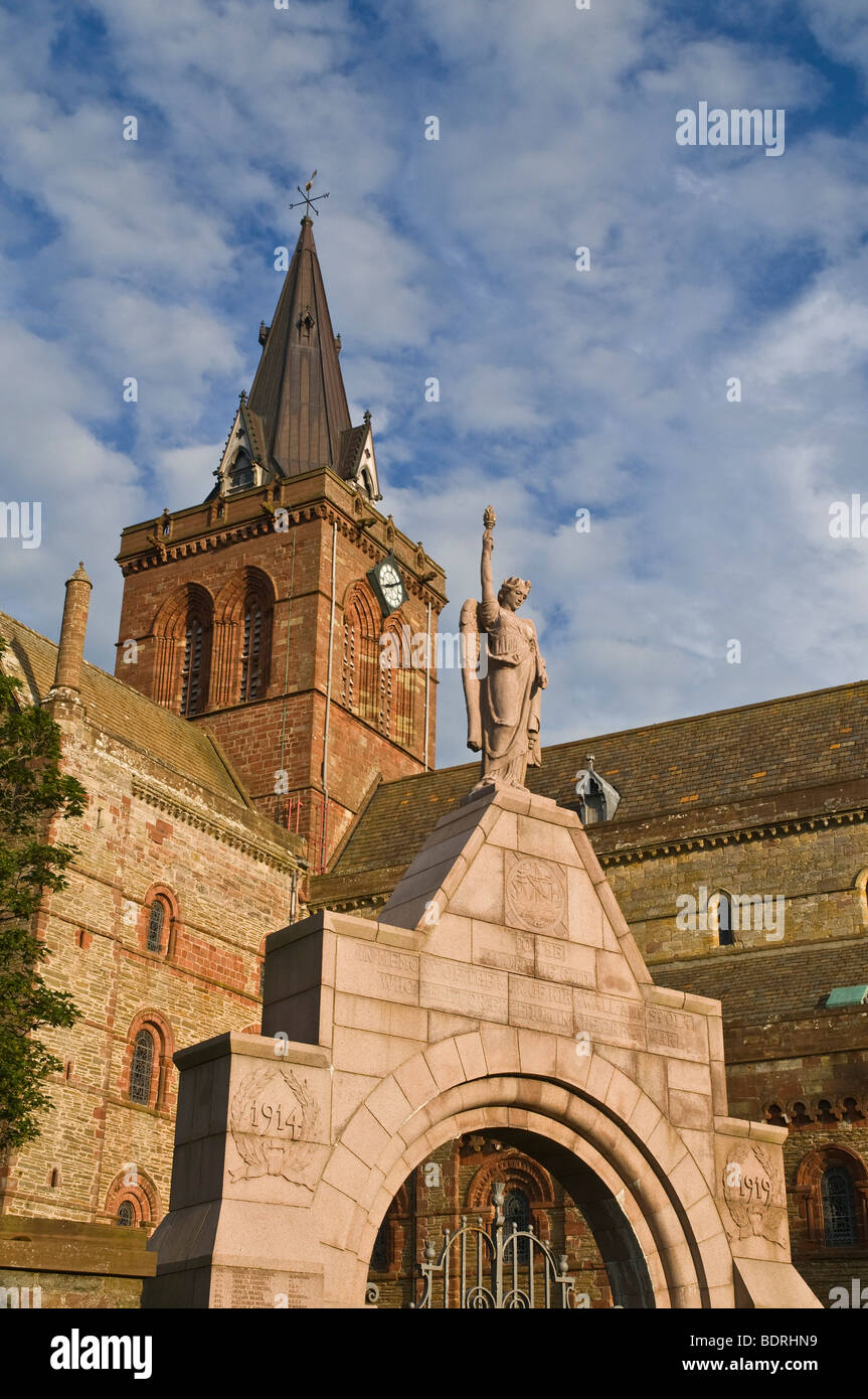 dh St Magnus cathedral KIRKWALL ORKNEY Kirkwall war memorial and cathedral clocktower Stock Photo