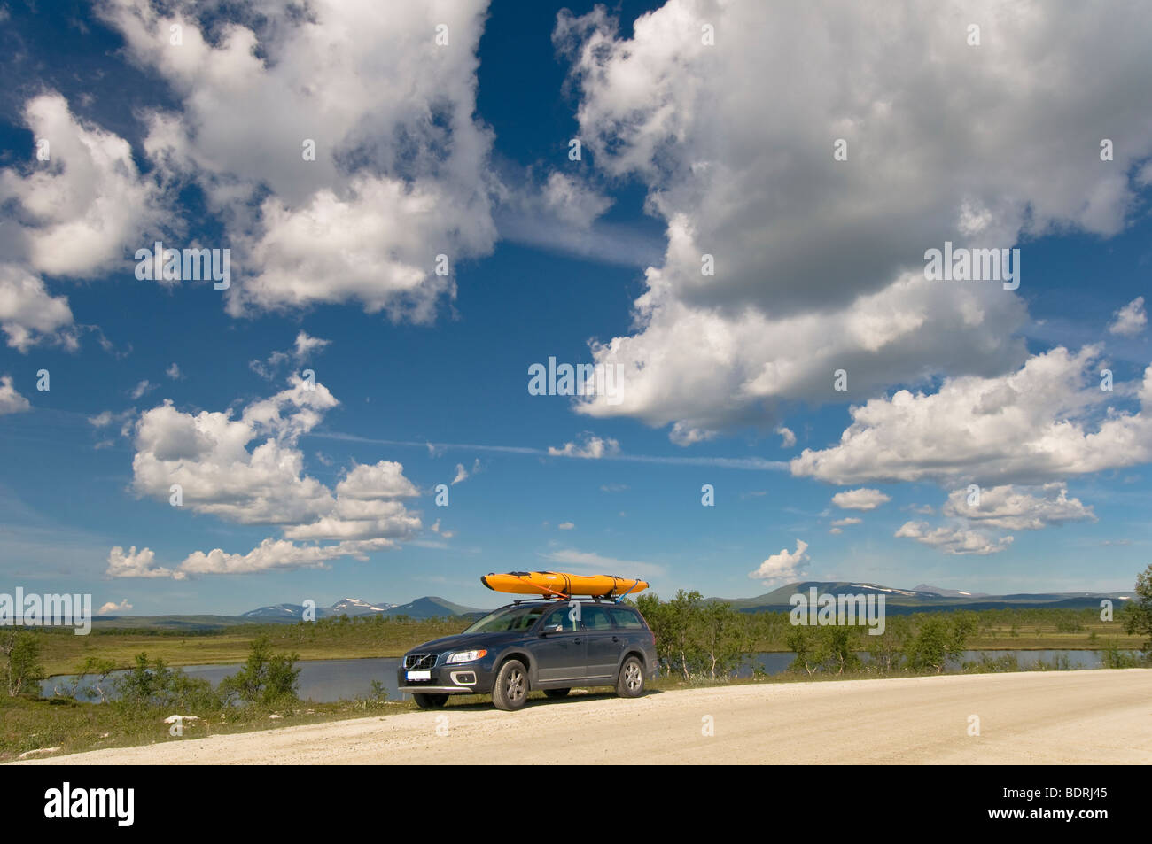car with kayak in sweden - Stock Image