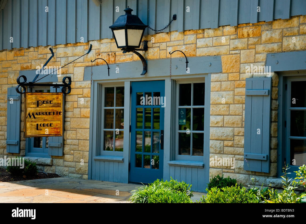 The Lodge at Pere Marquette State Park which  is a stop along the Meeting of the Great Rivers Scenic Byway . - Stock Image