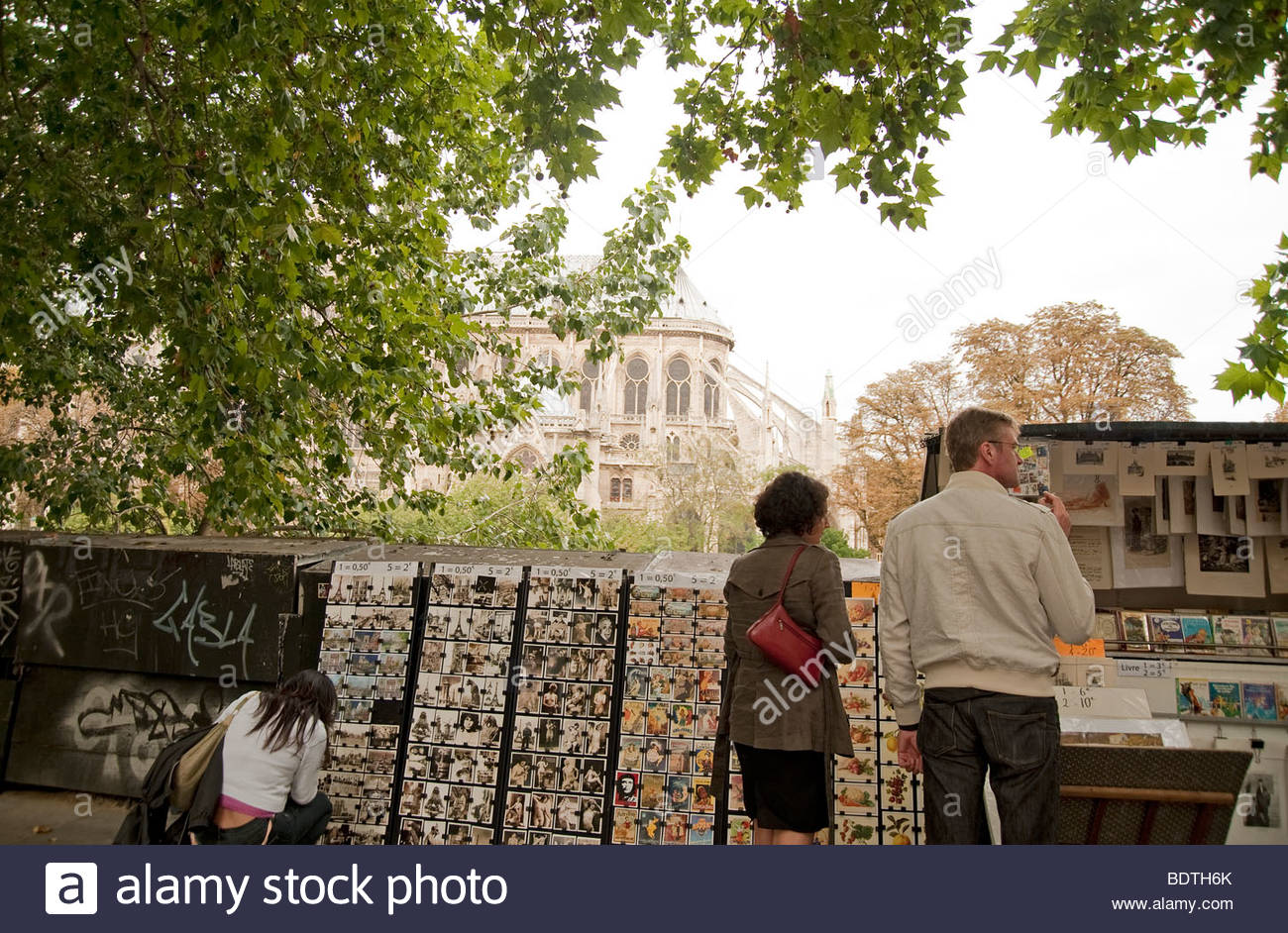 river seine postcards shop Paris - Stock Image