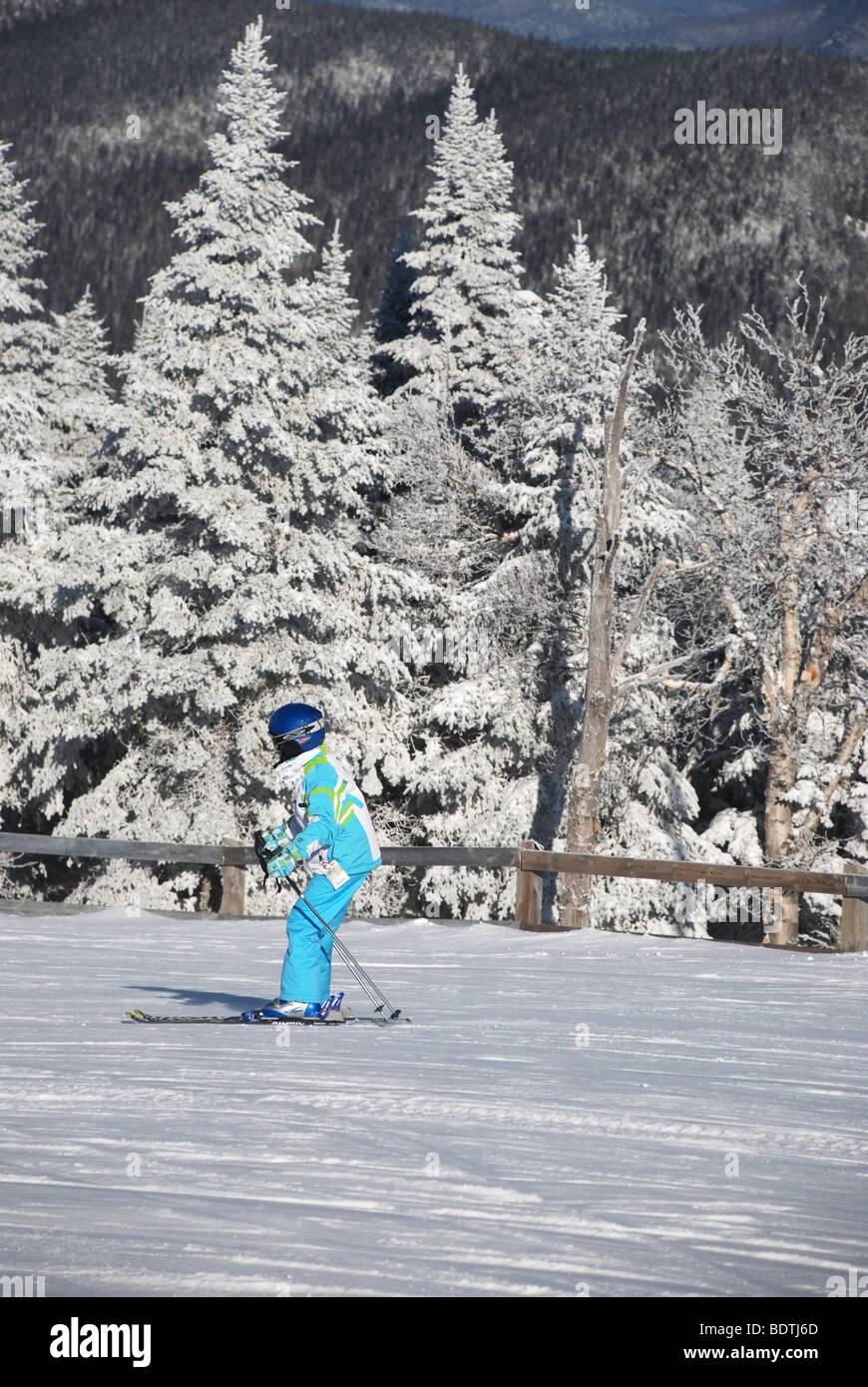 Kid skiing - Stock Image