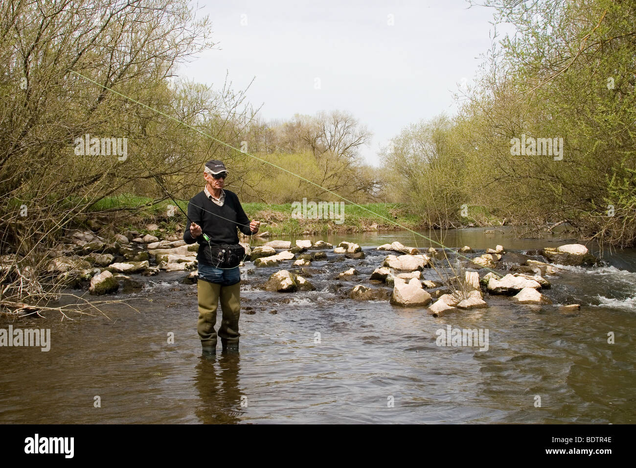 Fliegenfischer, Vulkaneifel, Rheinland-Pfalz, Deutschland, fly-fischer, fly-fishing, germany Stock Photo