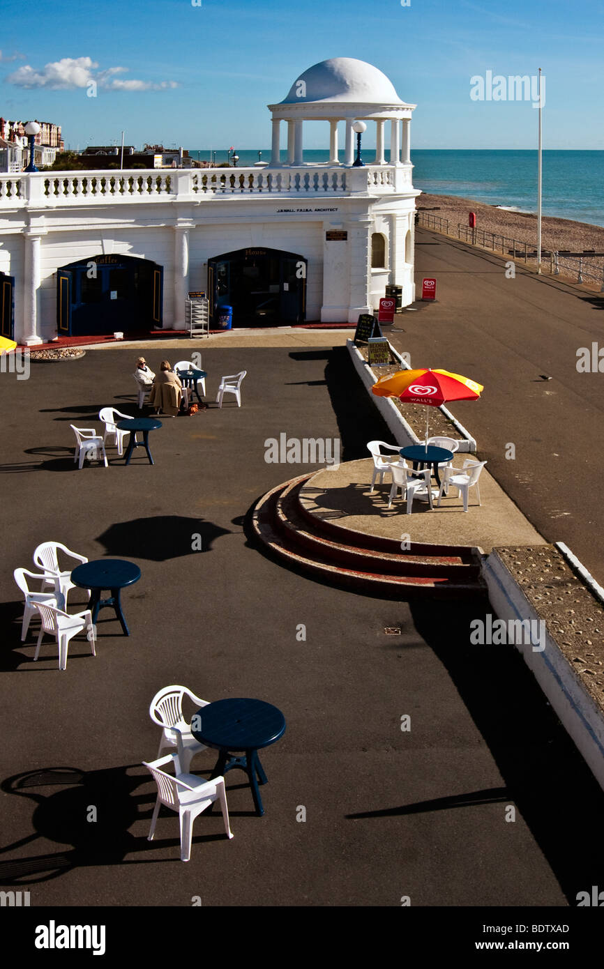 Cafe on the seafront at Bexhill On Sea - Stock Image