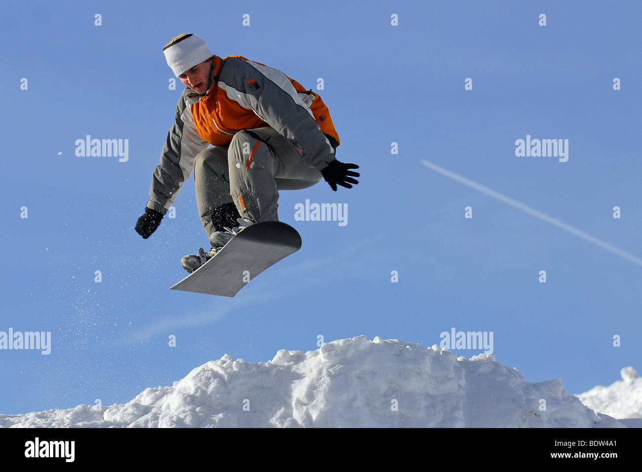 Snowboarder im Harz, Wintersport, schnee, deutschland, snowboarding, jumping, man, low mountain range, germany Stock Photo