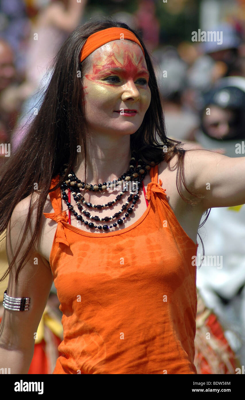 Sol Samba dance group at the Cowley Rd Carnival South Park Oxford. - Stock Image