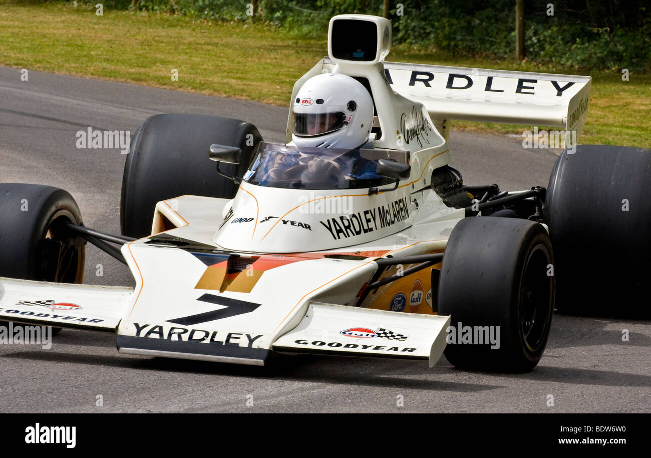 1970s f1 car high resolution stock photography and images alamy https www alamy com stock photo 1973 mclaren cosworth m23 f1 car with driver philip mauger at goodwood 25755100 html