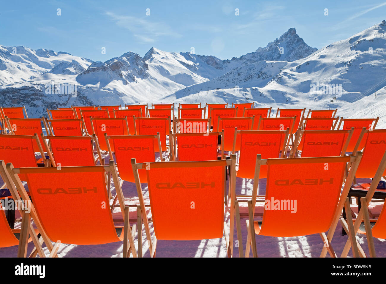 Sun loungers, Courchevel 1850 ski resort, Three Valleys, Les Trois Vallees, Savoie, French Alps, France - Stock Image