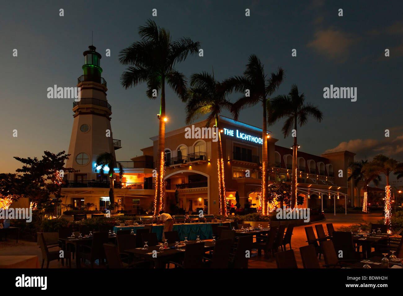 The Lighthouse Hotel, night, illuminated, fairy lights, restaurant, palm trees, romantic mood, Olongapo City, Subic - Stock Image