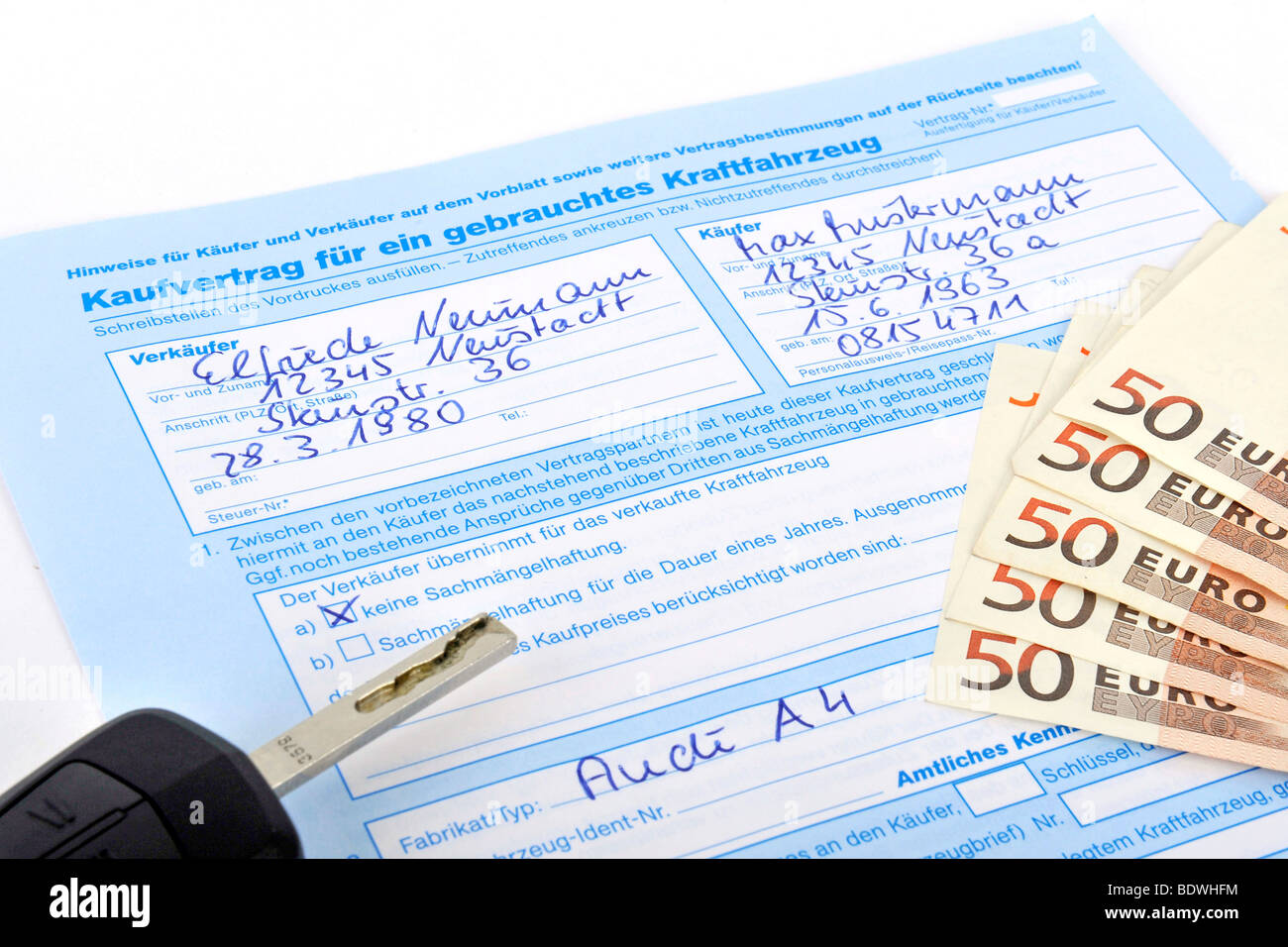 Contract of sale of a used vehicle, car Stock Photo