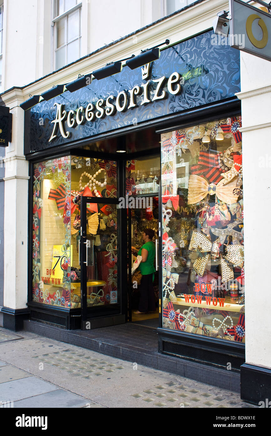 Accessorixe store front seen from King's road - Stock Image