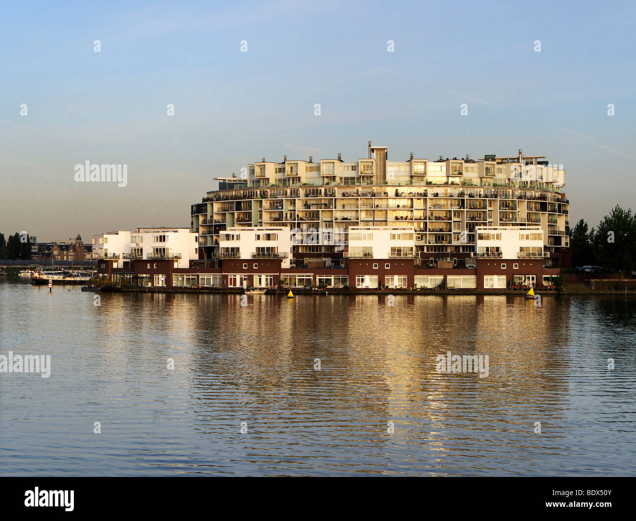Apartment block at the Rijn canal, Amsterdam, Holland, Netherlands, Europe - Stock Image