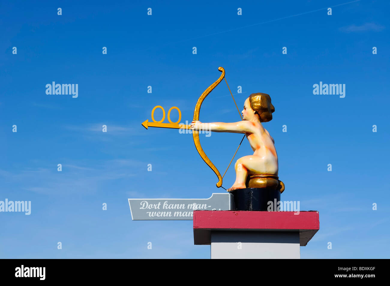 Guidepost to the toilet, angel with a bow and arrow, Oktoberfest, Munich, Upper Bavaria, Bavaria, Germany, Europe - Stock Image