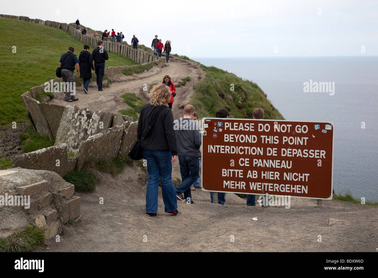 cliff edge sign; moher; clare; ireland - Stock Image