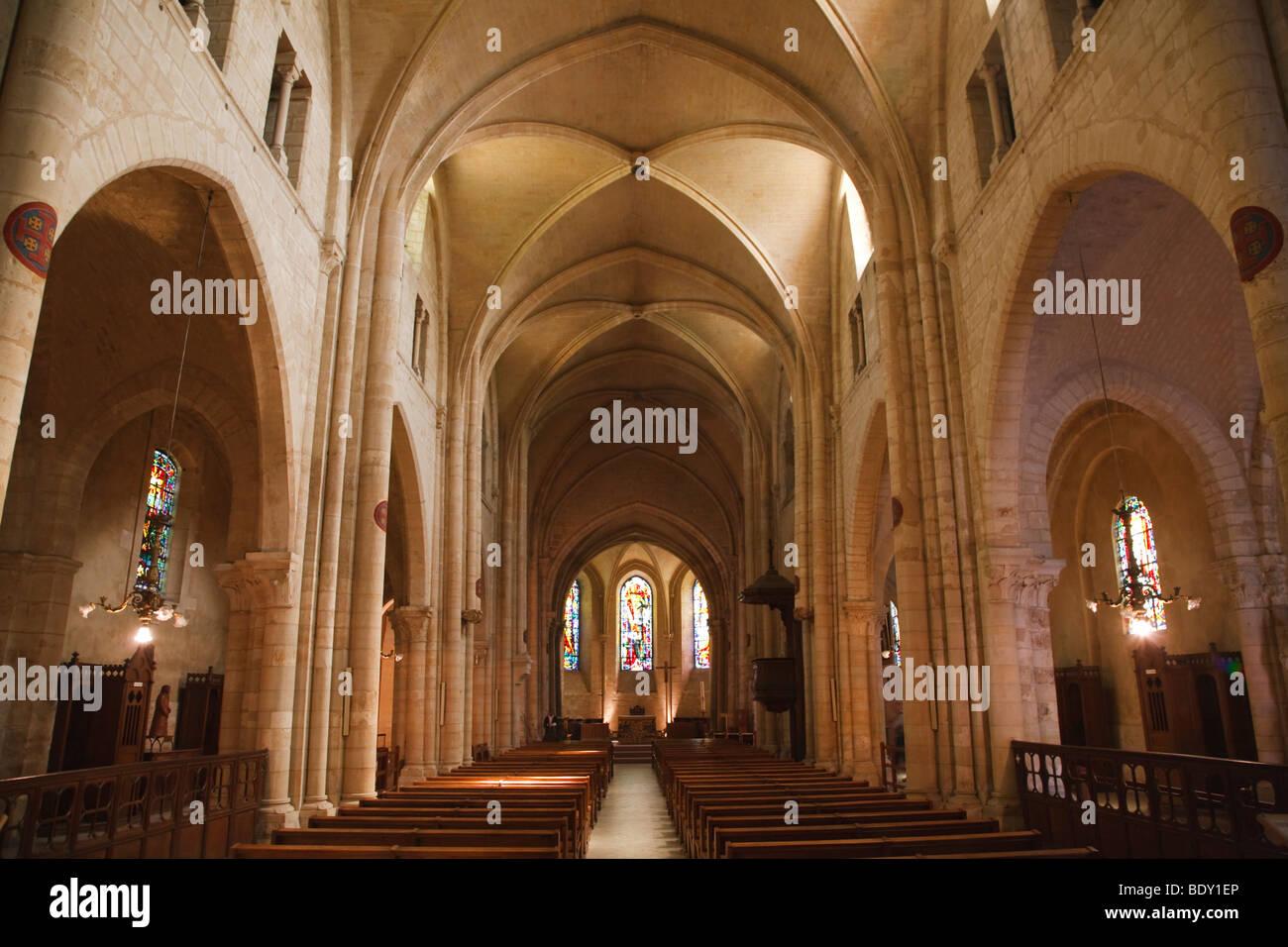interior of st pierre de montmartre church in paris france stock photo 25794798 alamy. Black Bedroom Furniture Sets. Home Design Ideas