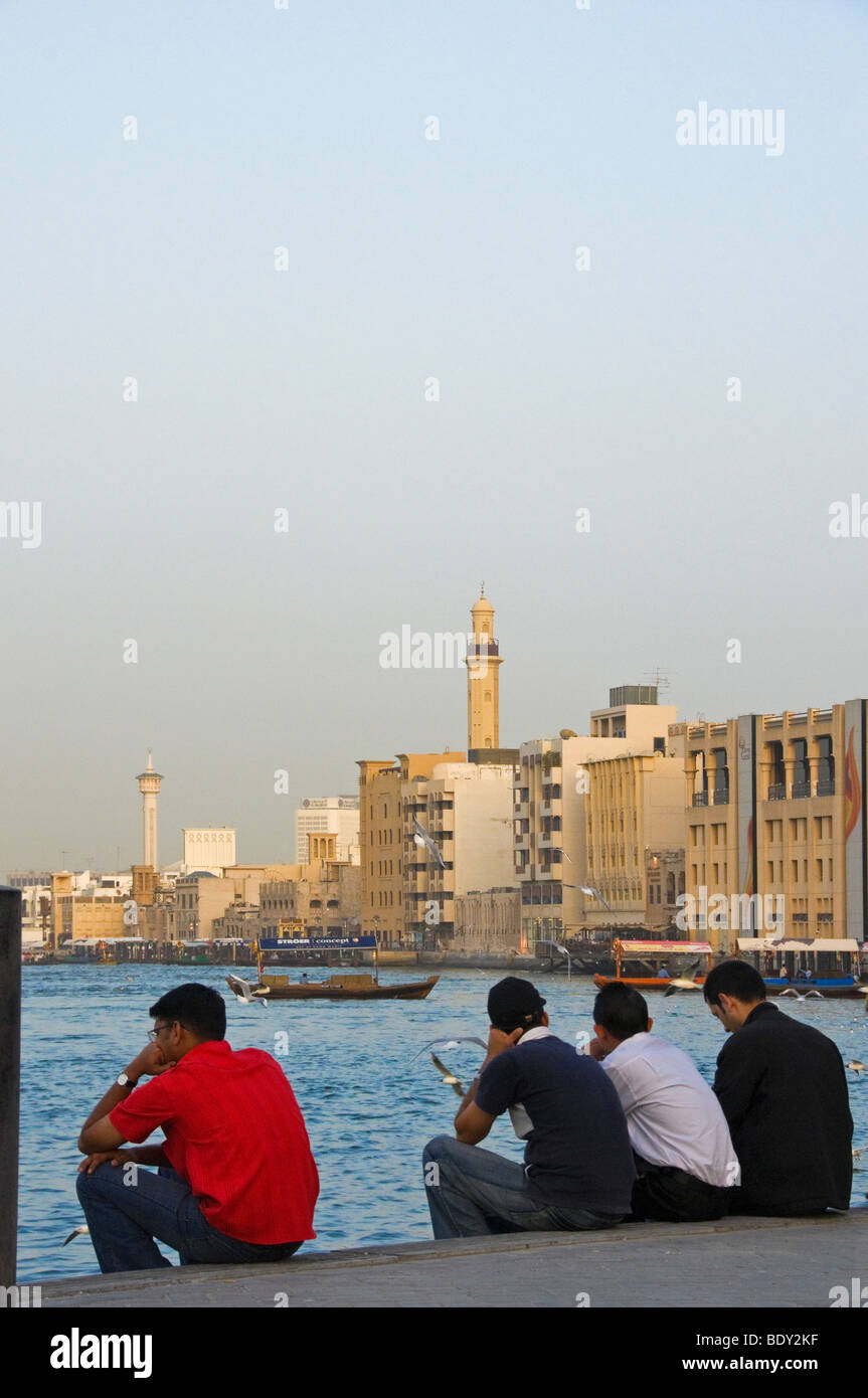 Unemployed young men Dubai - Stock Image