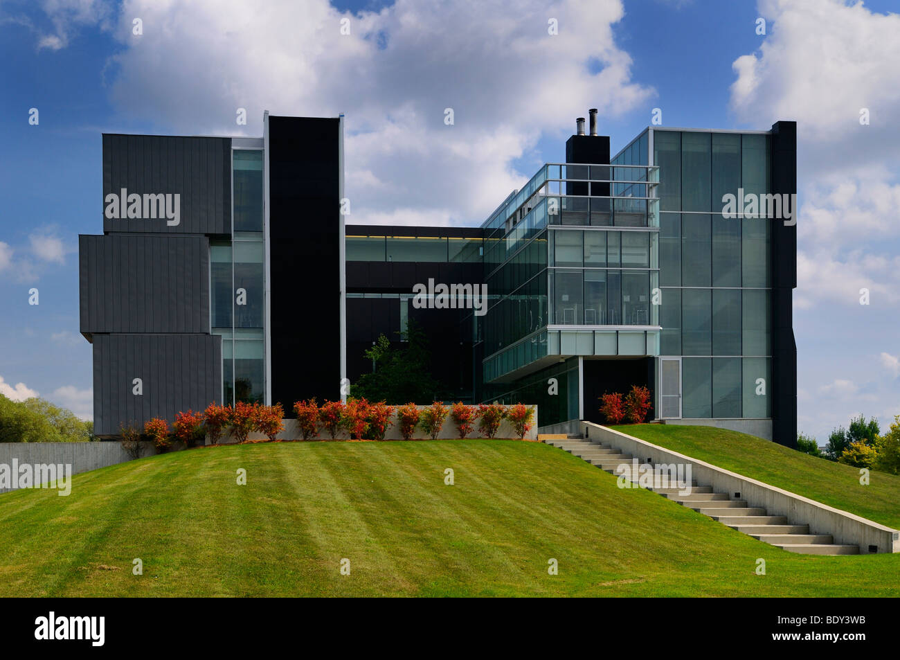 Modern architecture at the front of the Perimeter Institute theoretical physics building Kitchener Waterloo Canada - Stock Image