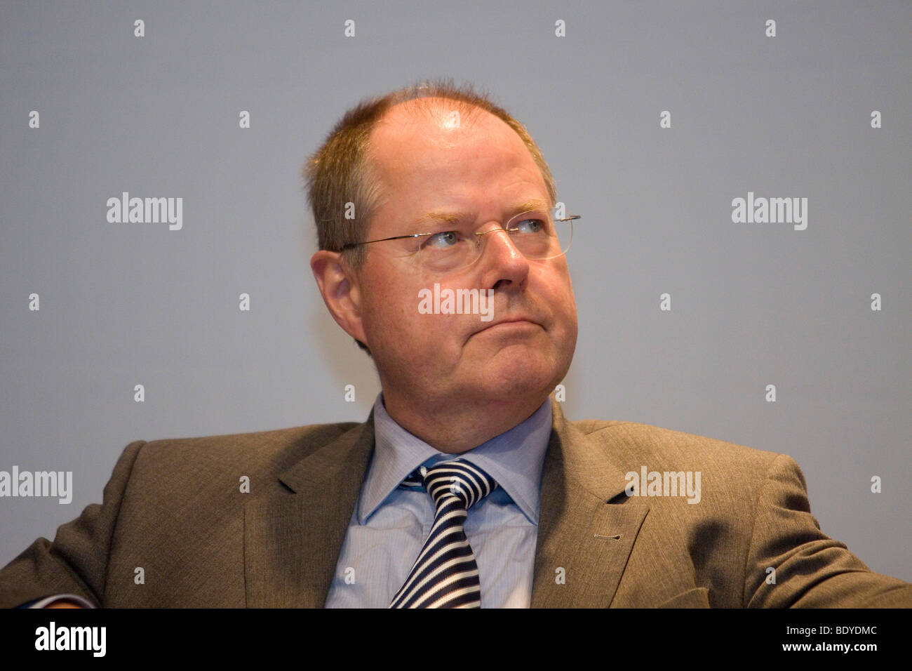 Bundestag parliament elections campaign 2009, campaign event of German Finance Minister Peer Steinbrueck in Siedlerheim - Stock Image