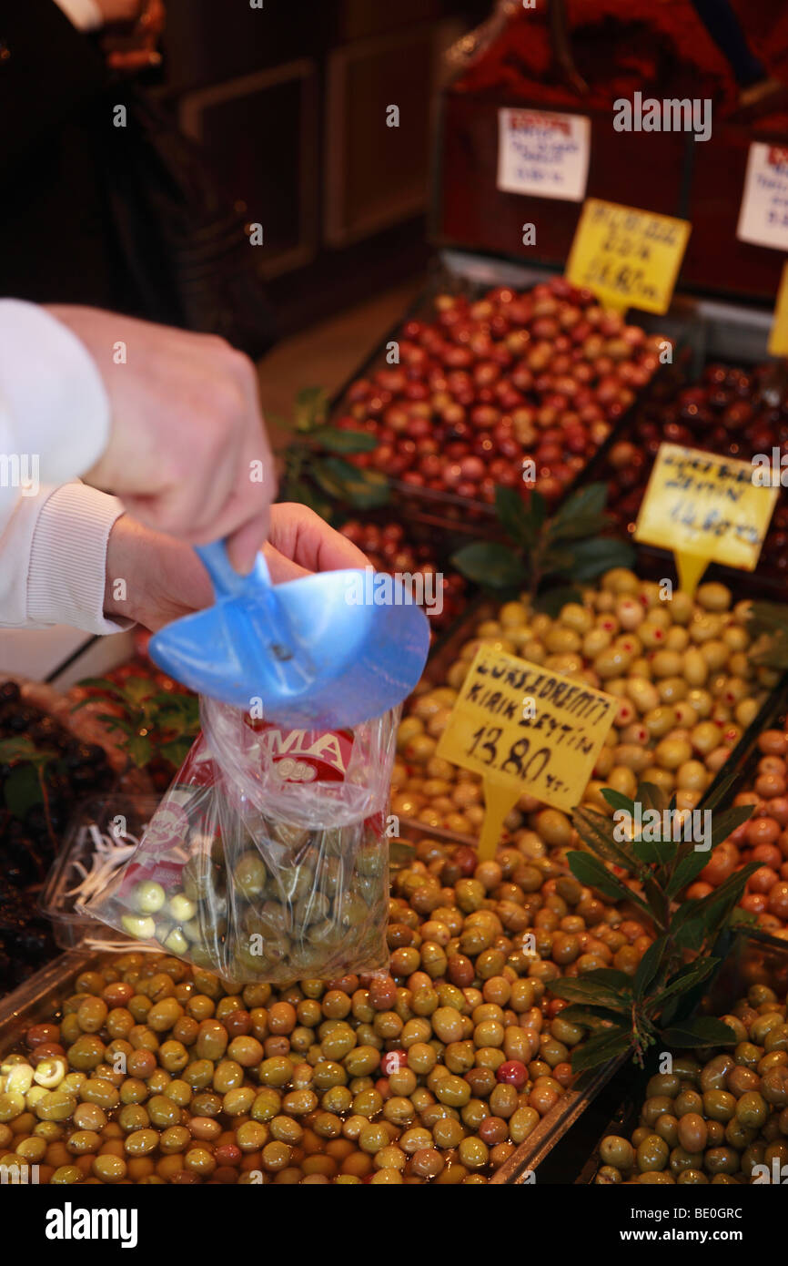 Fresh Olives being sold at a Greengrocers Shop in The Bazaar Quarter, Istanbul, Turkey - Stock Image