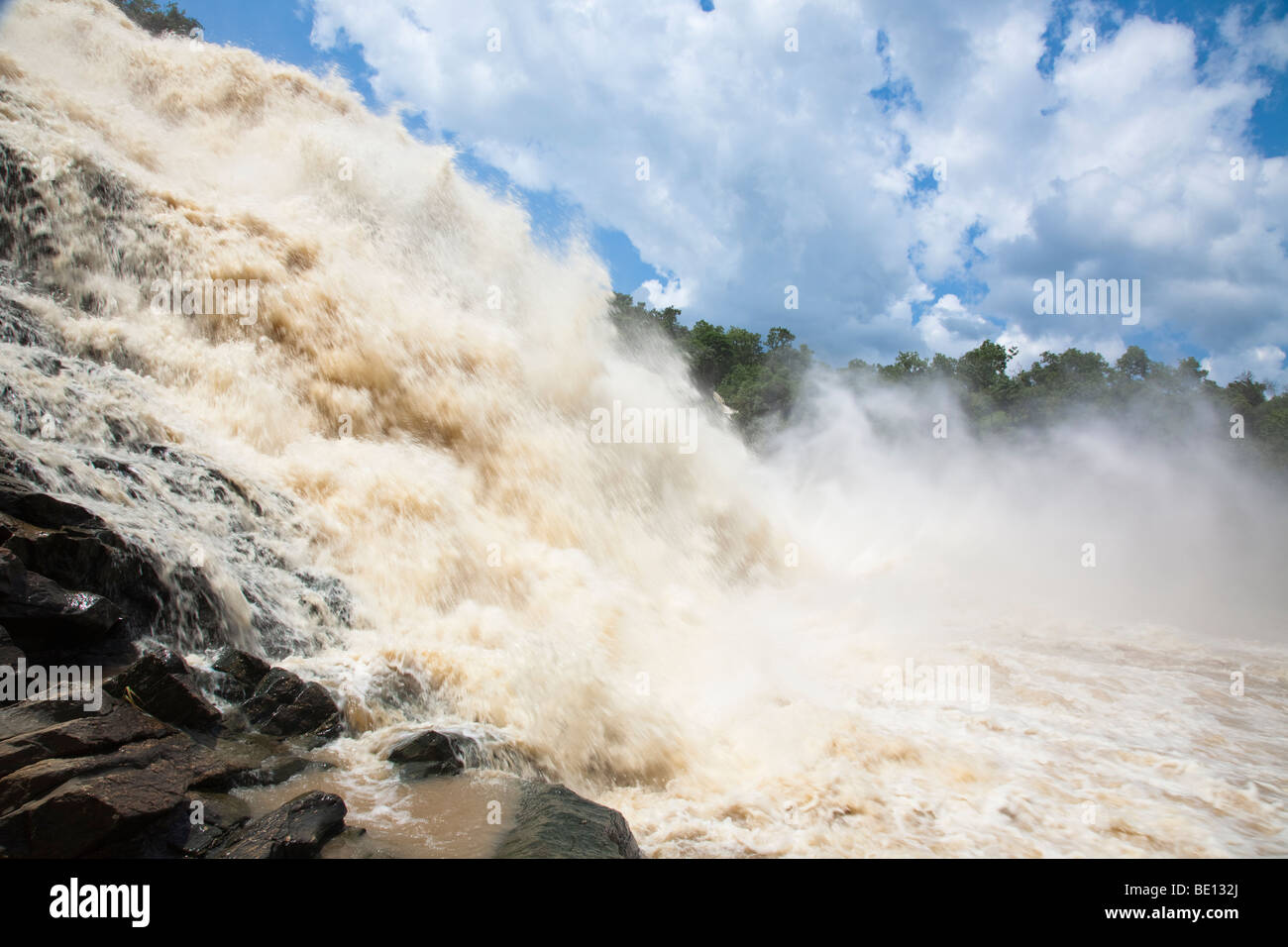 The impressive Gurara Falls, on the Gurara River in Nigeria's Niger State, is 200 meters wide boasting a sheer - Stock Image