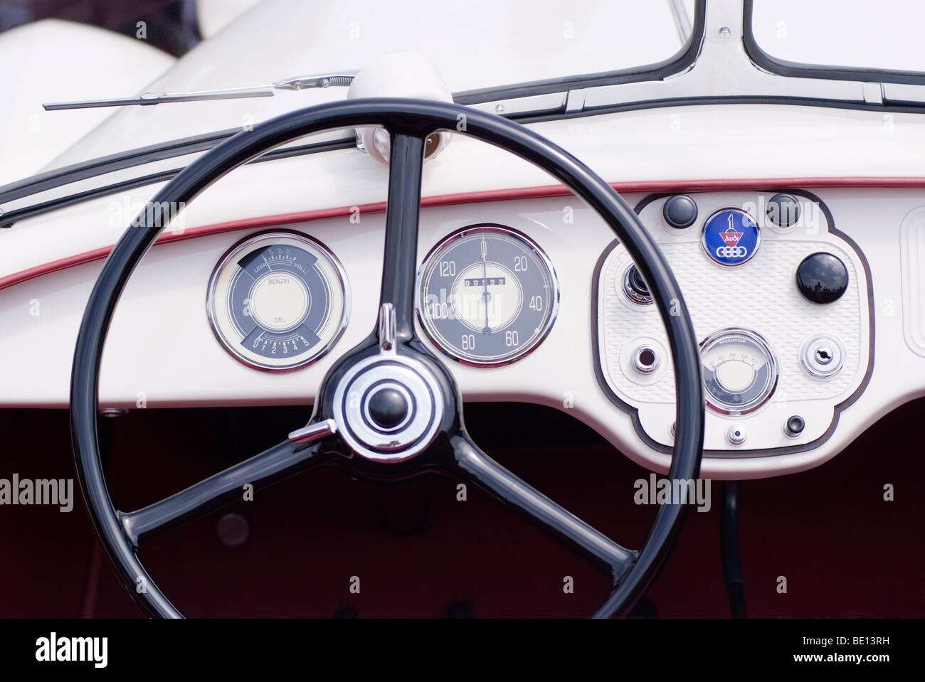Dashboard of a 1935 Audi 'Front Roadster' That won the Q Class during the 2009 Pebble Beach Concours d'Elegance - Stock Image