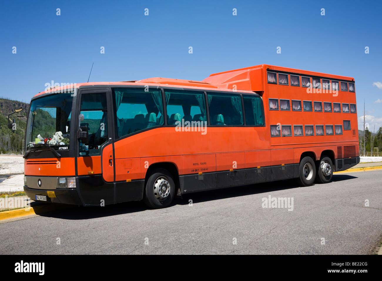 Yellowstone Bus Stock Photos Amp Yellowstone Bus Stock Images Alamy