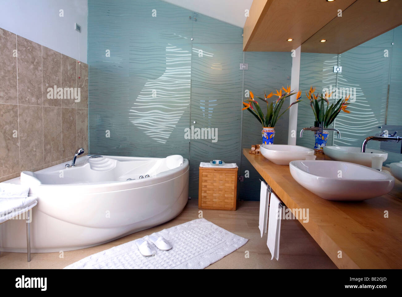 Luxury Jacuzzi Bathroom at the Alberi Del Paradiso Hotel in the town ...