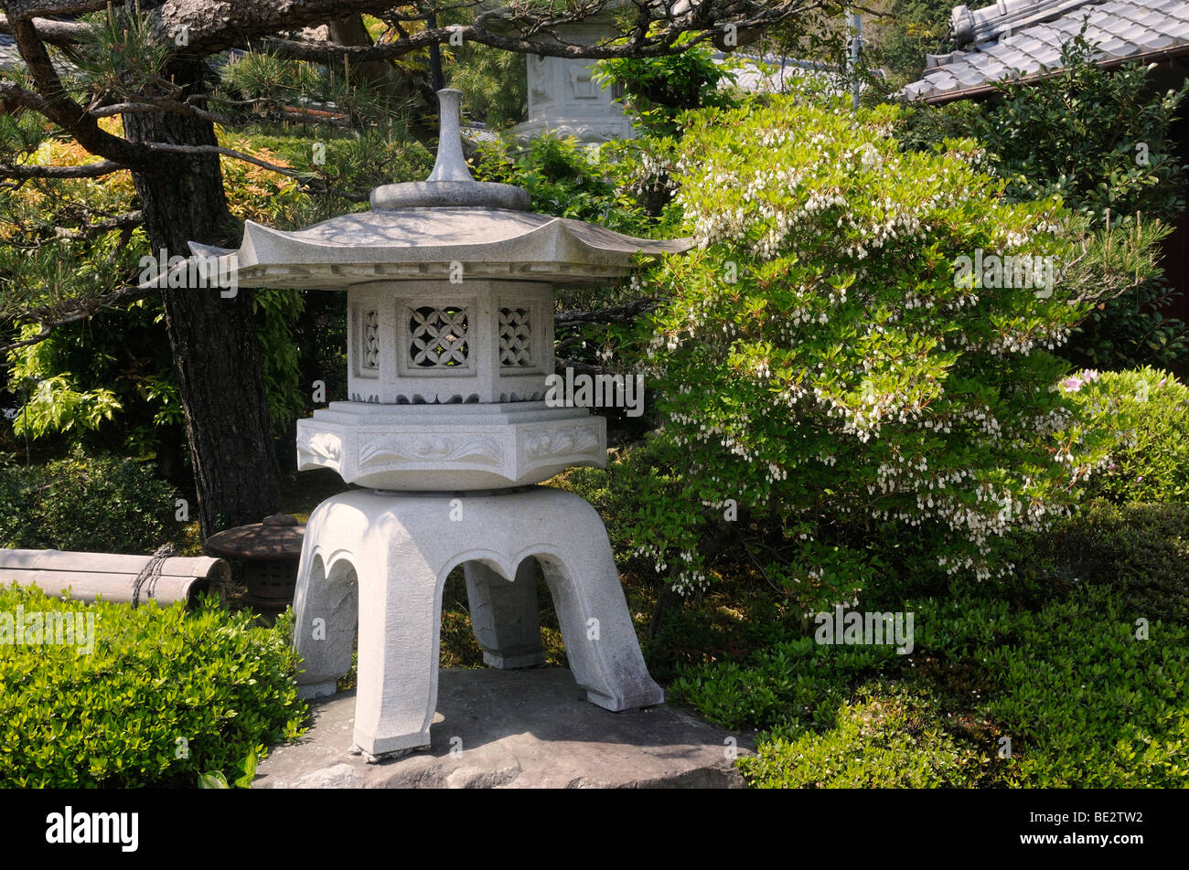 Winter stone lantern in a Japanese temple, Ohara, Japan, Asia - Stock Image