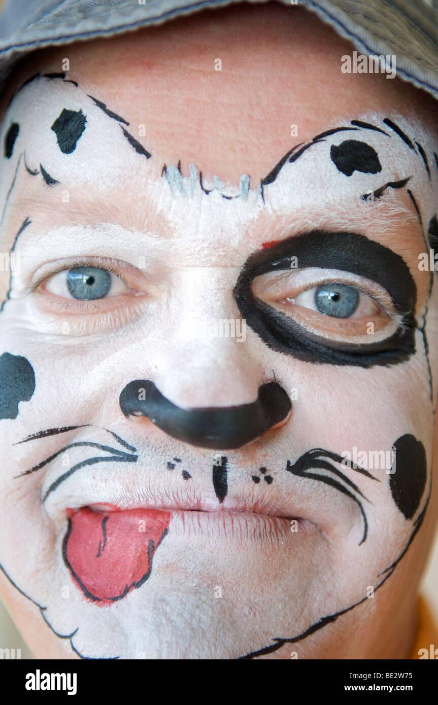 Dog Face Paint Stock Photos & Dog Face Paint Stock Images