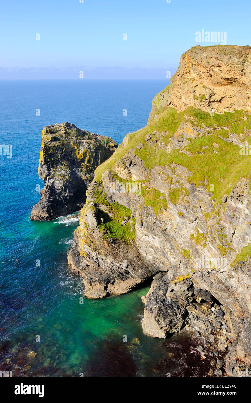 Cliffs of Hell's Mouth on the Atlantic coast of Cornwall, England, UK, Europe - Stock Image