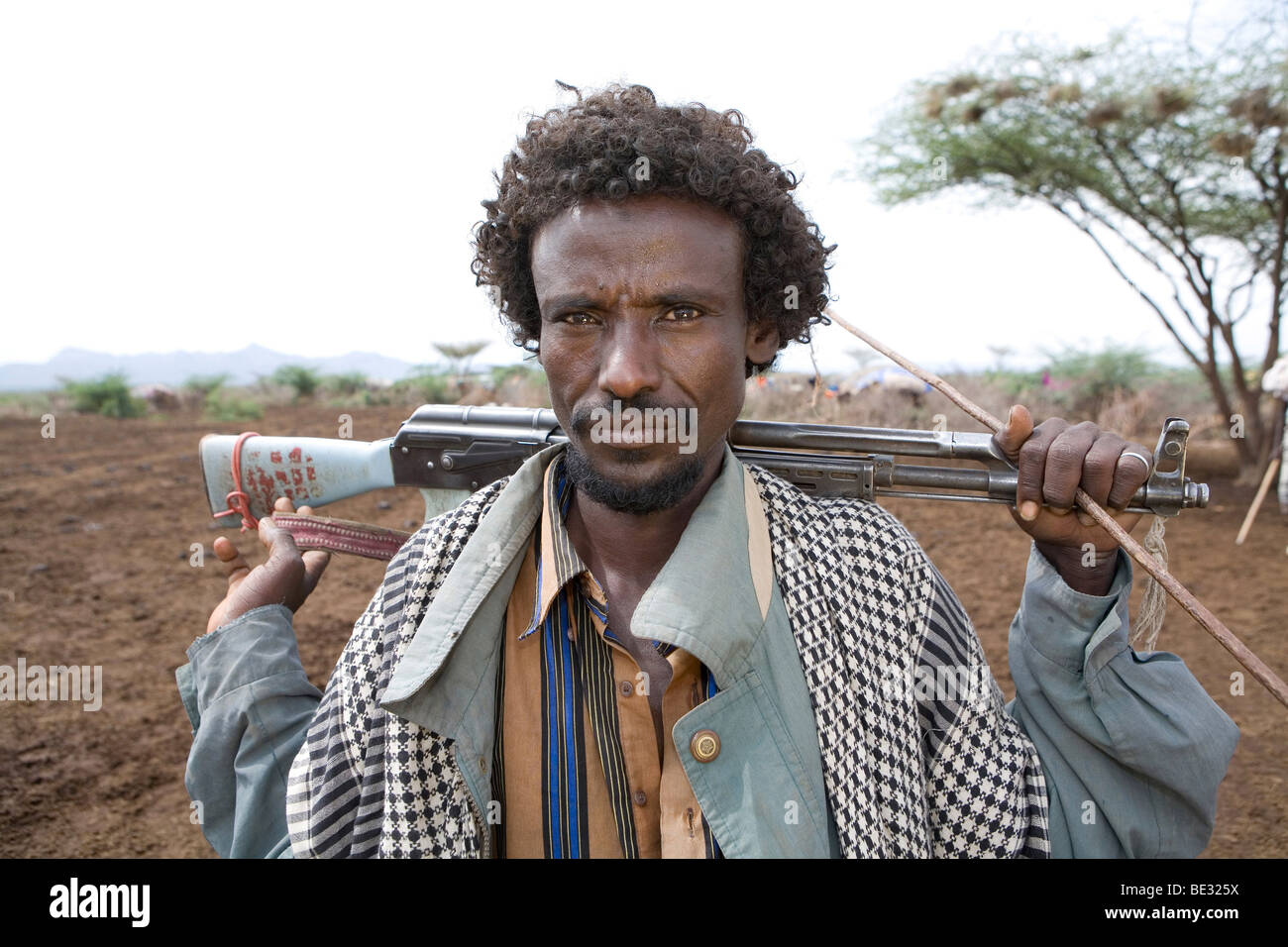 How do people live in the Ethiopian salt desert 39