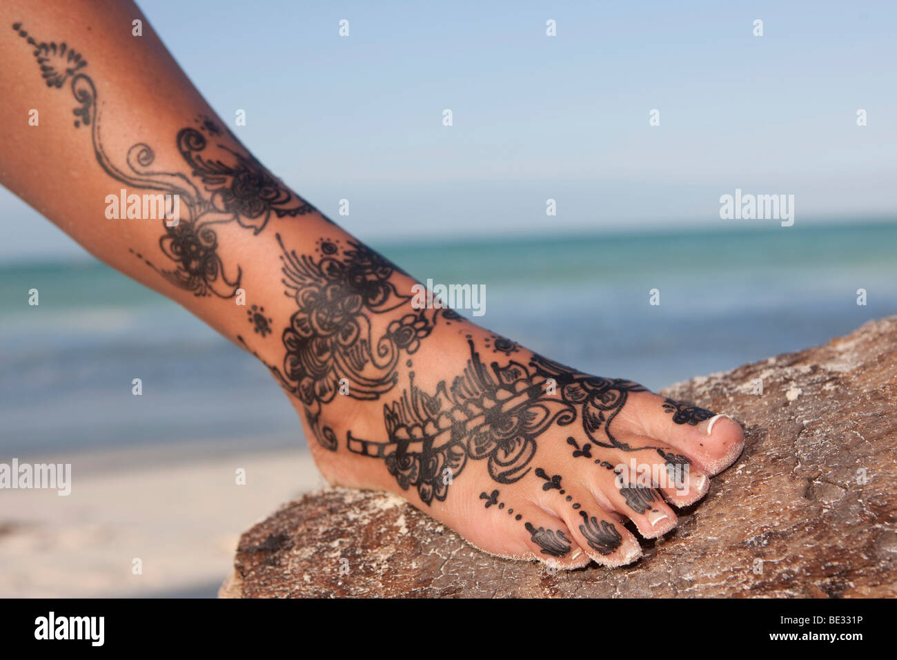 Henna Tattoo On A Foot Stock Photo 25883810 Alamy