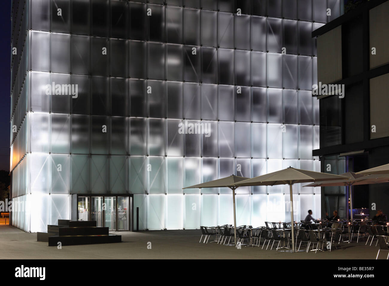 kunsthaus bregenz museum karl tizian platz square vorarlberg stock photo 25885979 alamy. Black Bedroom Furniture Sets. Home Design Ideas