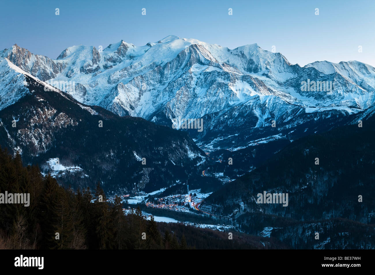 chamonix mont blanc french alps haute savoie chamonix france stock photo 25887613 alamy. Black Bedroom Furniture Sets. Home Design Ideas