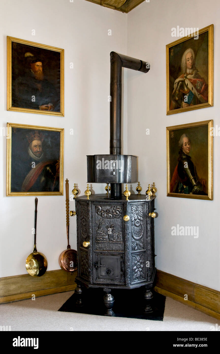Old woodburning stove - Stock Image