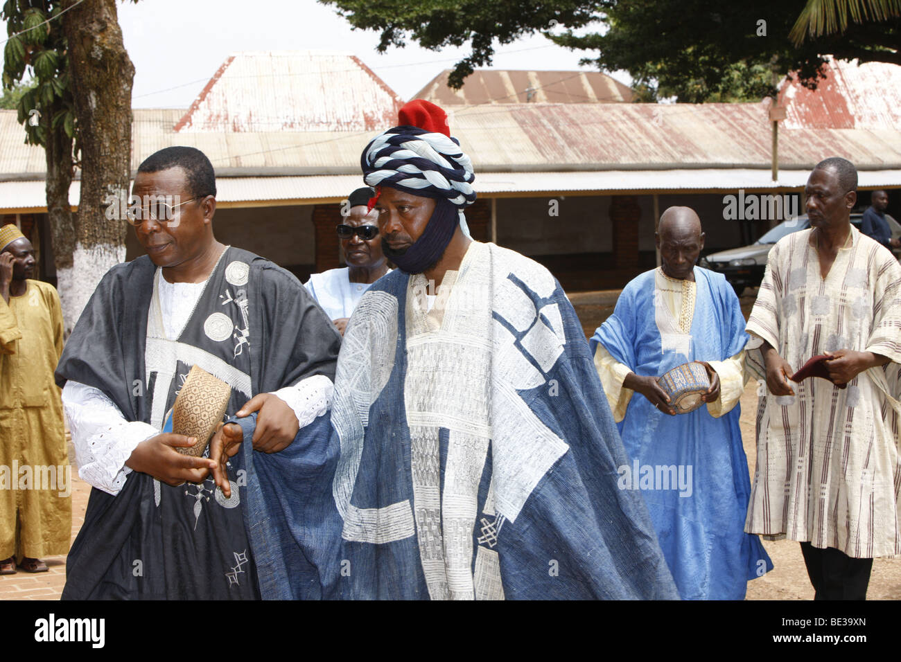 Selected man may approach the Sultan, Sultan's palace, audience with the Sultan, Foumban, Cameroon, Africa - Stock Image