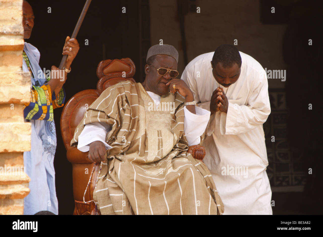 Sultan Ibrahim Mbombo Njoya in front of the Sultan's palace, holding an audience, Foumban, Cameroon, Africa - Stock Image