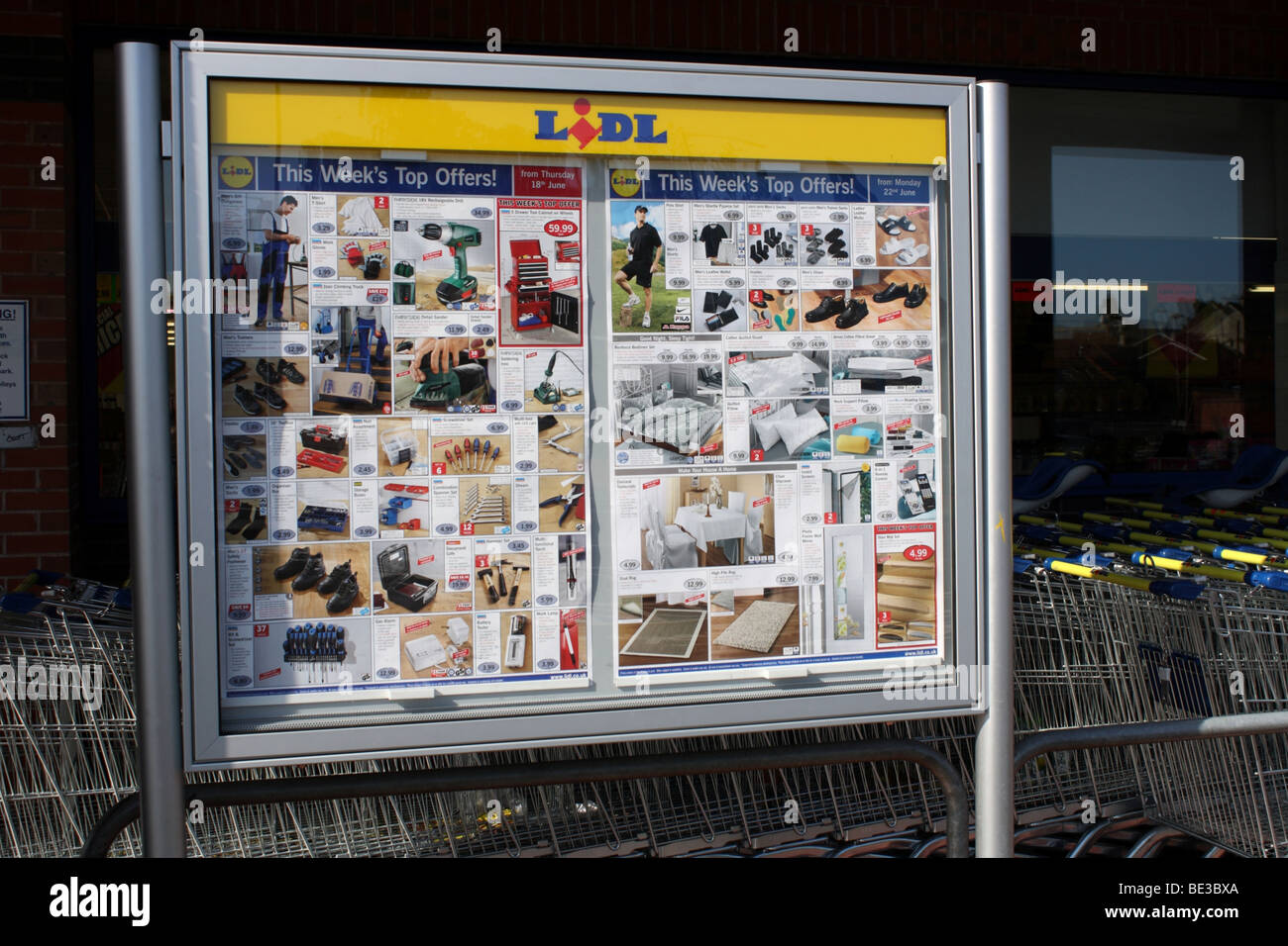 Lidl UK 2009 - Stock Image