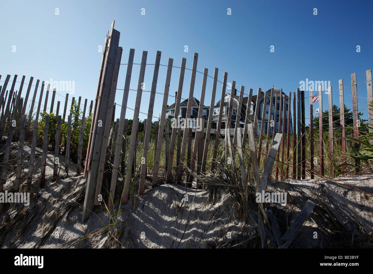 Erosion prevention beach fence, Southhampton, New York - Stock Image