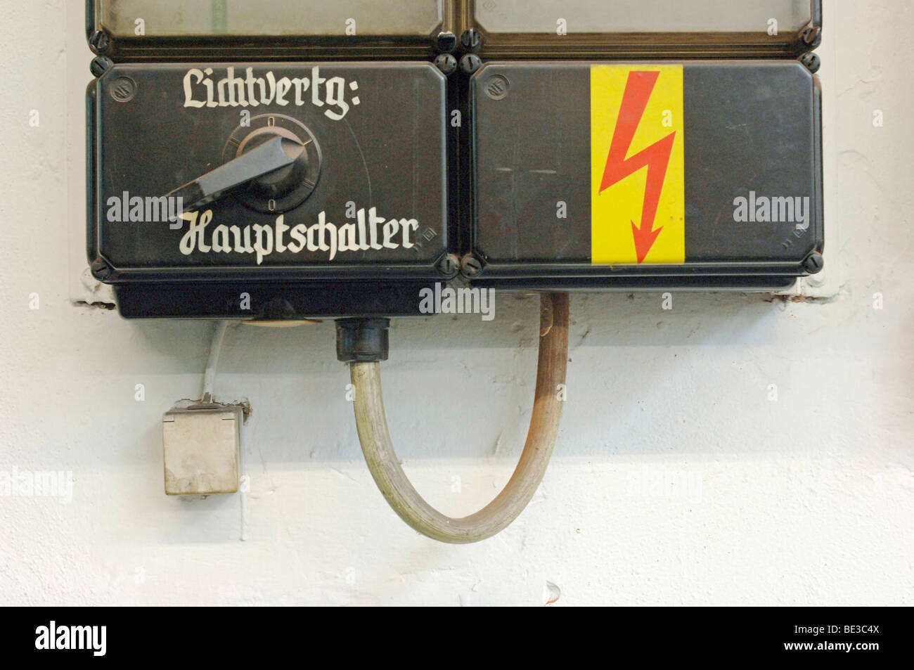 Old electrical switchboard with a switch: light spread, main switch - Stock Image
