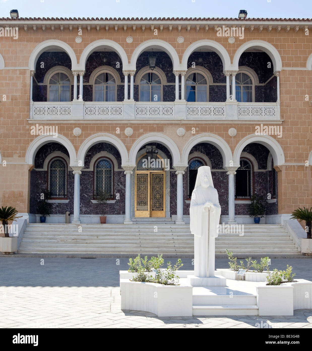 Statue of the Archbishop Makarios III, President of the Republic of Cyprus, Archbishop's Palace in south Nicosia, - Stock Image
