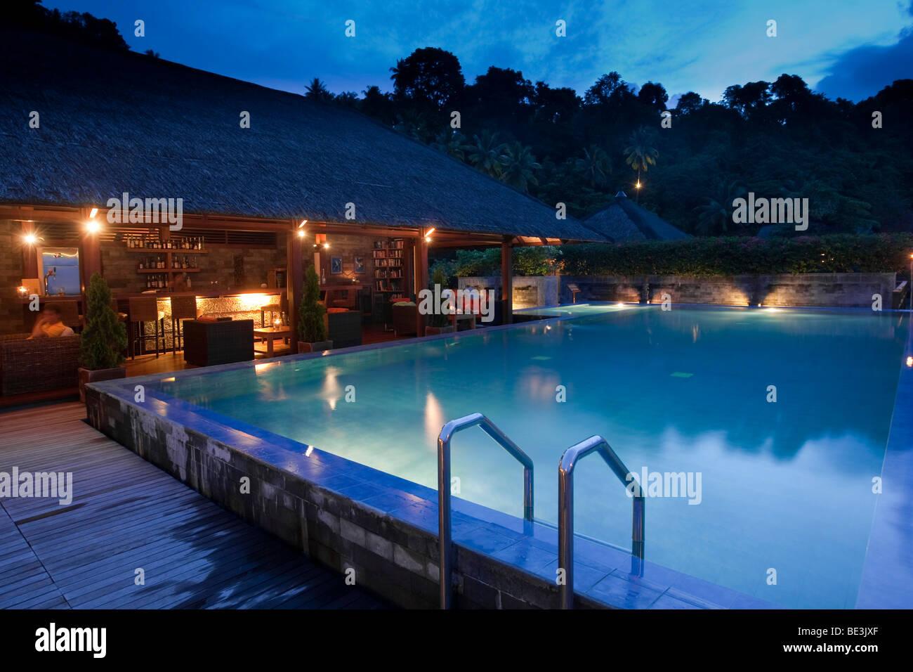 Hotel Minahasa Lagoon, swimming pool and bar, Sulawesi, Indonesia, Southeast Asia - Stock Image