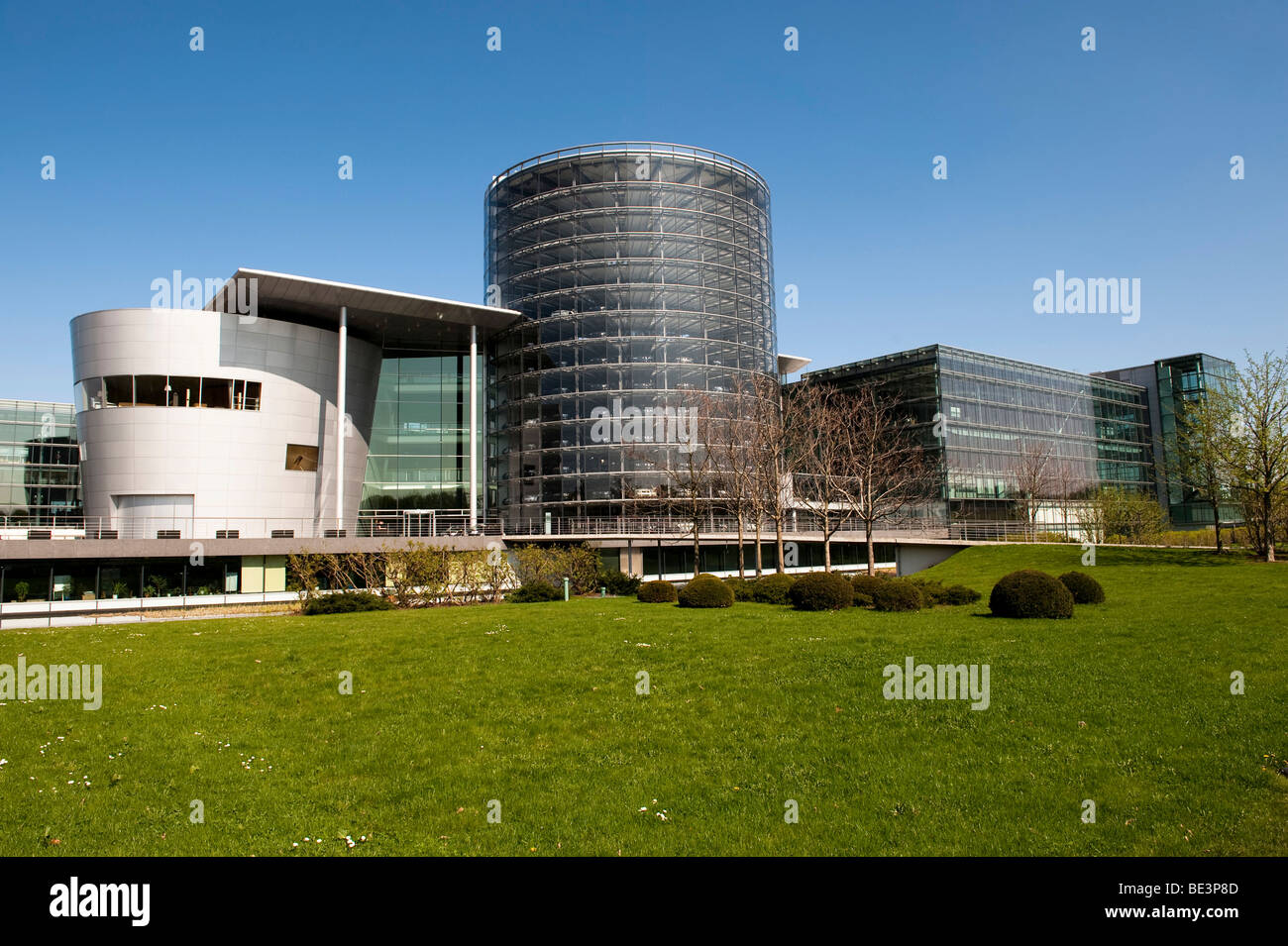 Glass manufactory, automobile factory for the VW Phaeton car, Dresden, Saxony, Germany, Europe - Stock Image