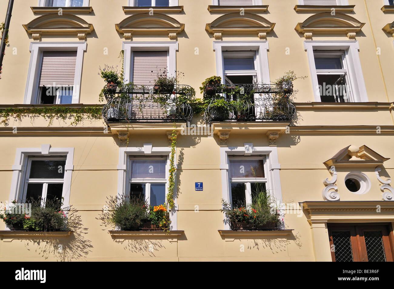 Werneckstrasse street, facade with leafy balconies, Schwabing, Munich, Bavaria, Germany, Europe - Stock Image