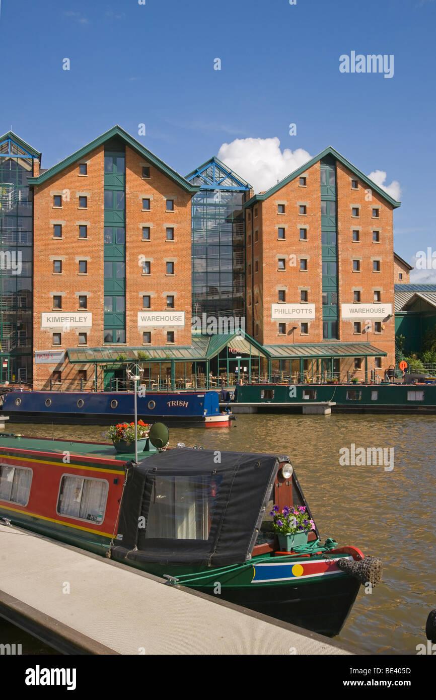 Gloucester docks, houseboats, urban renewal, Gloucestershire, Cotswolds, England, July, 2009 - Stock Image