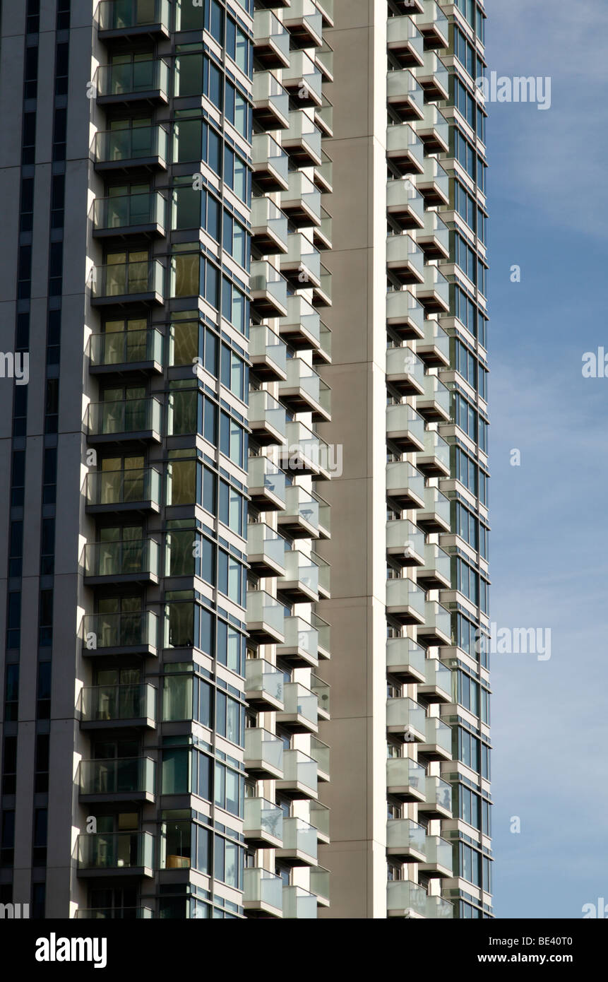 A residential tower block in the heart of the Canary Wharf district of London Docklnads, UK. - Stock Image